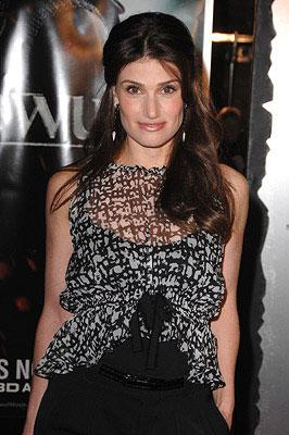 Idina Menzel at the Westwood premiere of Paramount Pictures' Beowulf