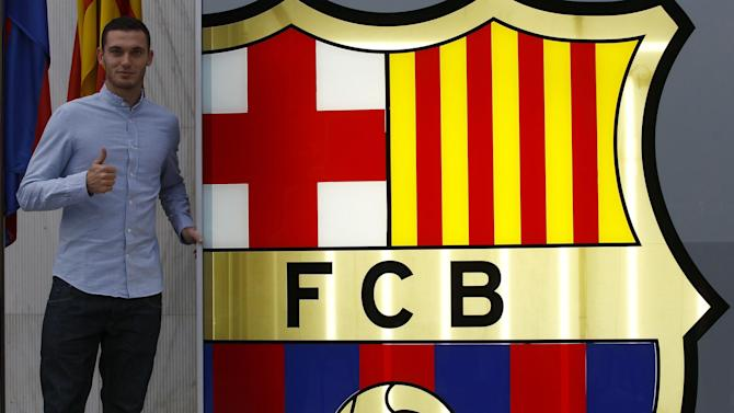 Liga - Vermaelen joins Barcelona on five-year deal