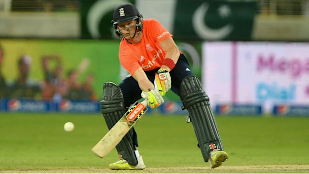 Sam takes top Billings as England beat Pakistan