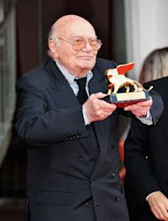 Mostra di Venezia 2012: a Francesco Rosi il Leone d'Oro alla Carriera [VIDEO]