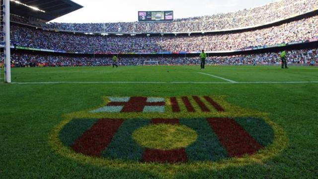 Liga - Barcelona legend blasts club's 'lies' and 'persecution'