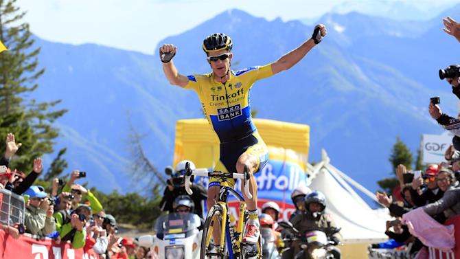 Giro d'Italia - Rogers wins atop Zoncolan as Quintana secures pink