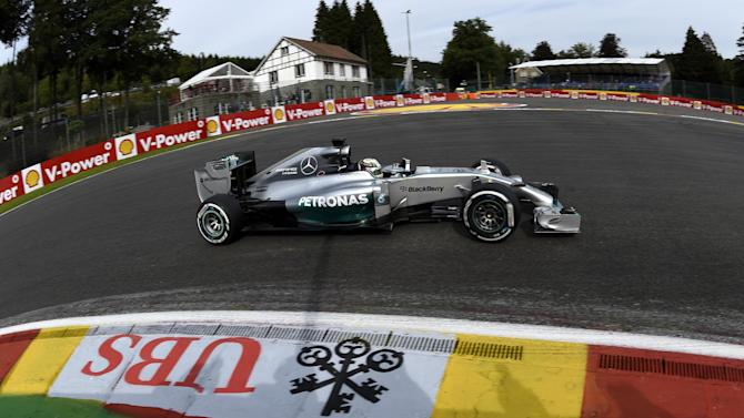 Formula 1 - Hamilton quickest in second Spa practice