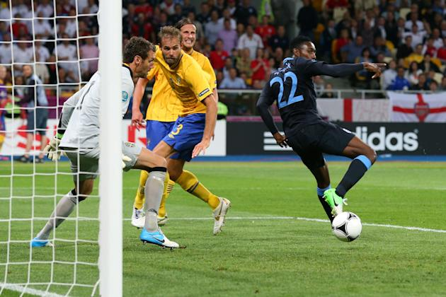Sweden v England - Group D: UEFA EURO 2012