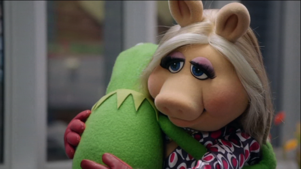 'The Muppets': Kermit and Miss Piggy Get Back Together, Sort of