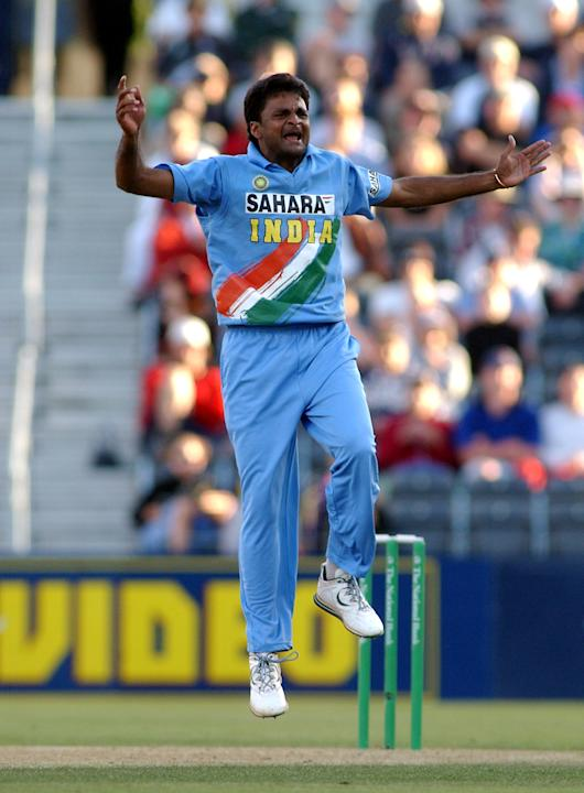 India's Javagal Srinath celebrates the wicket of N