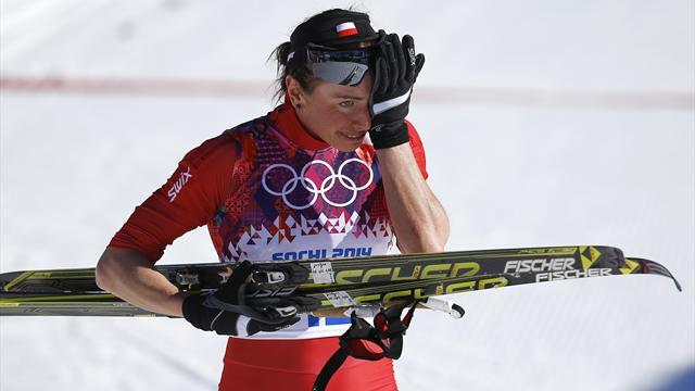Cross-Country Skiing - Kowalczyk defies broken foot to win 10km gold