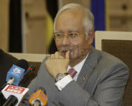 Najib wants 'shoot on sight' SOP before granting power to security forces