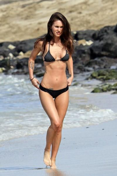 Foto: Megan Fox in bikini alle Hawaii