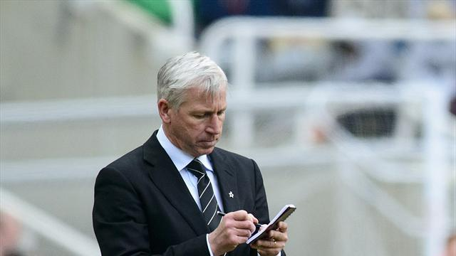 Europa League - Pardew issues challenge to Toon