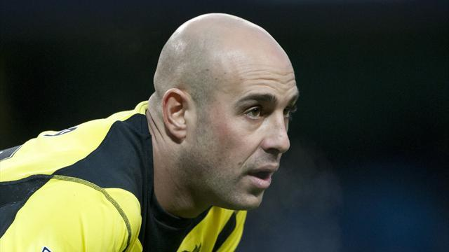 Serie A - Reina agrees Napoli loan move
