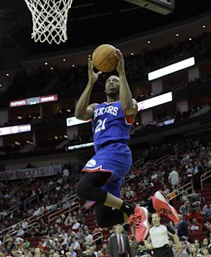 Sixers drop 26th straight, 120-98 to Rockets