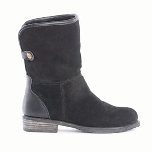 Suede sheepskin lined boots by EMU Australia