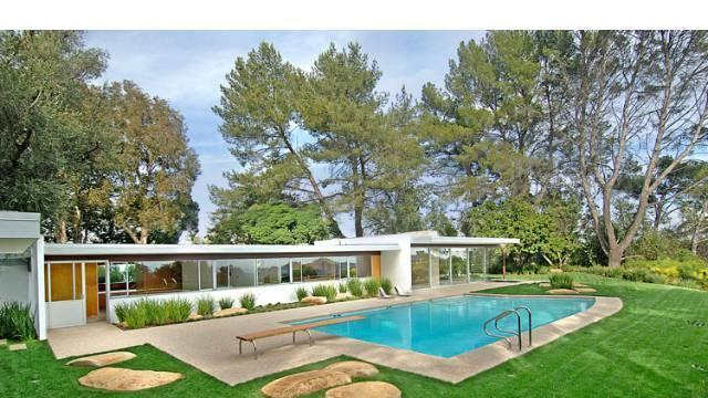 Midcentury marvel owned by Vidal Sassoon 13