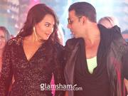 Akshay Kumar's BOSS teaser to release with OUATIMD