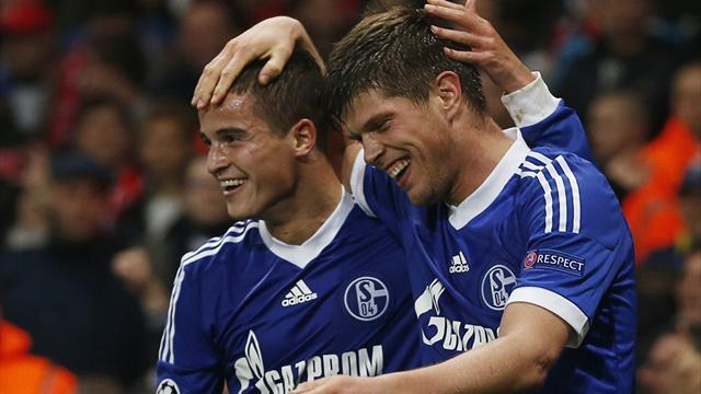Champions League - Insipid Arsenal lose at home to Schalke