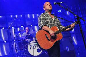 Pixies Plan Coast-to-Coast North American Tour
