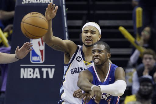 Grizzlies advance with 118-105 win over Clippers