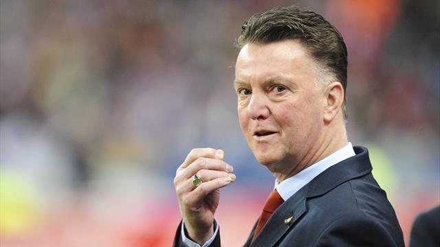 Premier League - 'Party animal' van Gaal the perfect fit for United