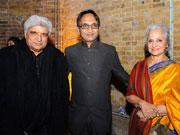Waheeda Rahman, Shabana Azmi help raise and#163;300,000 for underprivileged children