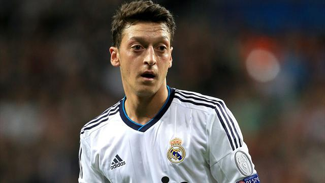 Premier League - Paper Round: Ozil said no to PSG
