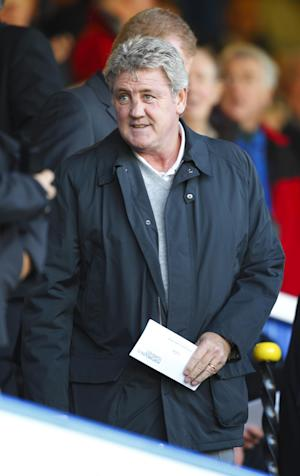 Steve Bruce watched his Hull side squeeze past Rotherham