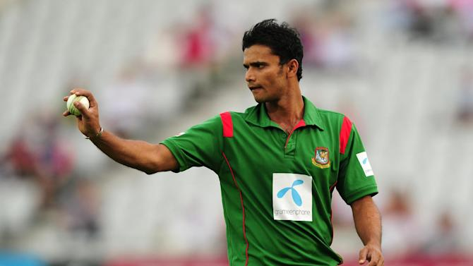 Mashrafe Mortaza provided some useful late runs for Bangladesh