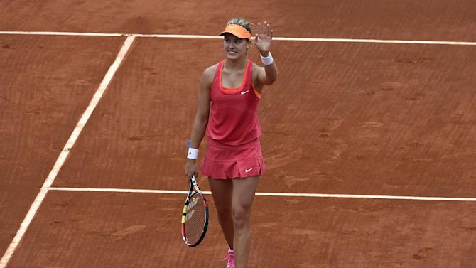 French Open - Bouchard blazes past Kerber into French Open quarter-finals