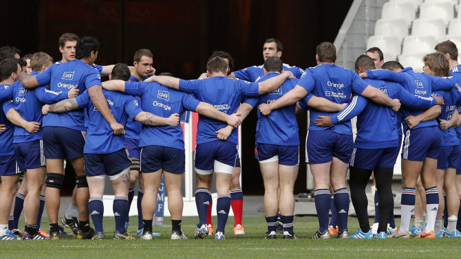 France's rugby team players huddle during a training session at the stade de France stadium, in Saint Denis, outside Paris, Friday, March 14, 2014. France will play Ireland during a Six Nations Rugby Union match on March 15