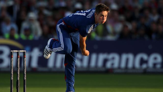 Cricket - Woakes answers England call