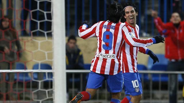 Spanish Liga - Atletico re-close gap to Barca