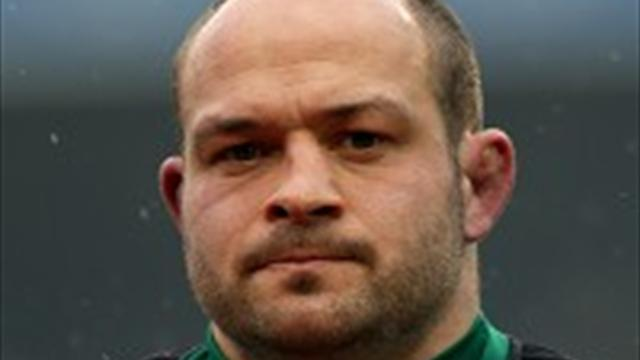 Rugby - Best brushes off Kidney speculation