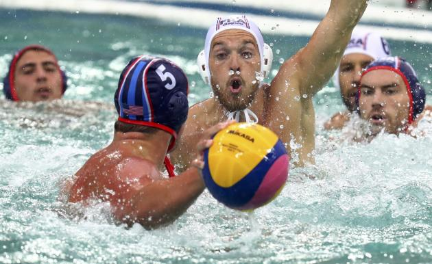 Alex Roelse water polo