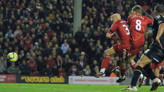 Liverpool's English Midfielder Jonjo Shelvey (L) Scores Next To His Teammate English Midfielder Steven Gerrard (C)   AFP/Getty Images