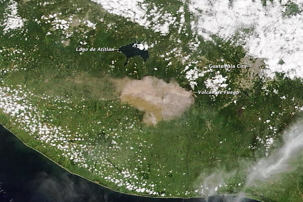Satellite Gets Bird's-Eye Shot of Guatemala Volcano Erupting