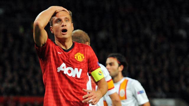 Premier League - Ferguson 'will not consider' Vidic for Manchester derby