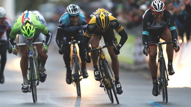 Cycling - Ciolek wins snow-shortened Milan-San Remo
