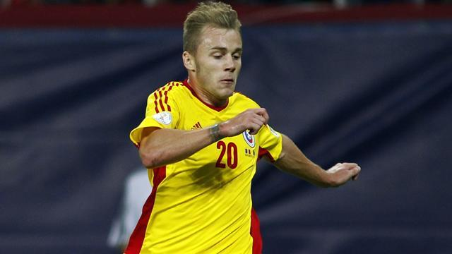 Bundesliga - Stuttgart sign Romania international Maxim