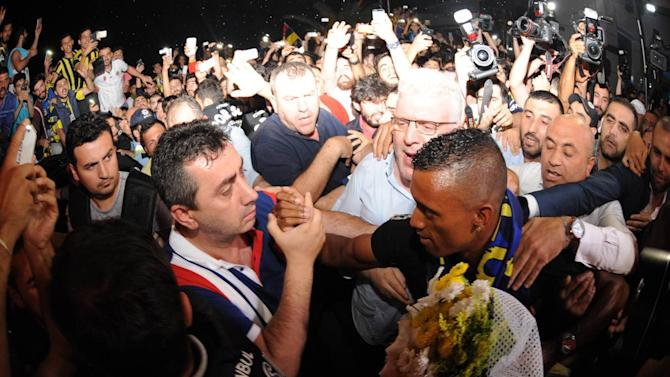 Football - Nani mobbed by Fenerbahce fans as he arrives for medical