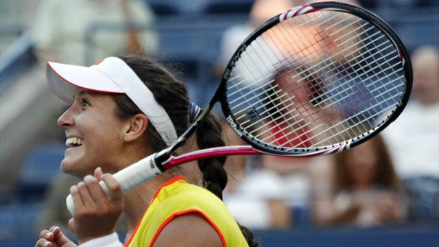 Tennis - Robson: My dad still takes me to the bank