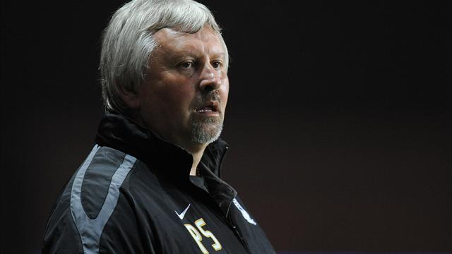 Football - Sturrock gets recognition