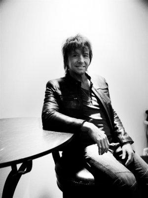 Richie Sambora Pays Tribute to Fire Fighters, Offers Support for Seaside Heights (Video)