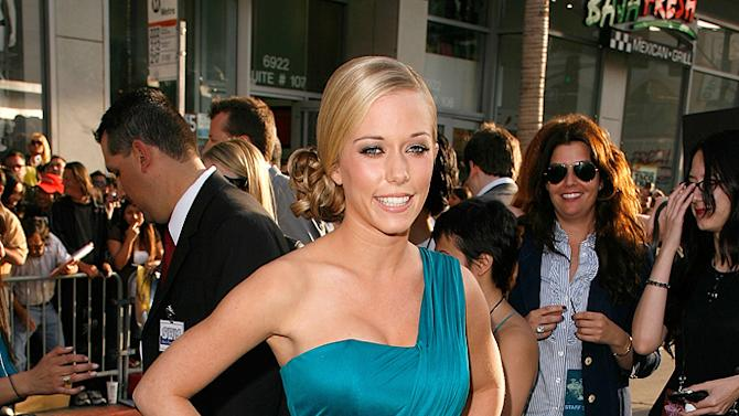 """Kendra Wilkinson arrives on the red carpet of the Los Angeles premiere of """"Star Trek"""" on April 30, 2009"""