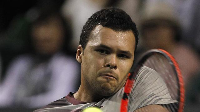 Tennis - Tsonga dumped out of Japan Open