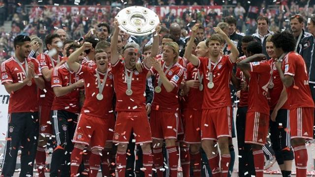 Bundesliga - Bayern launch title race as overwhelming favourites