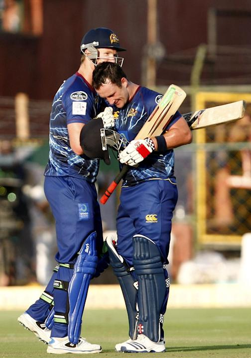 Otago players during the match between Otago and Perth Scorchers at Sawai Mansingh Stadium, Jaipur on Sept. 25, 2013. (Photo: IANS)