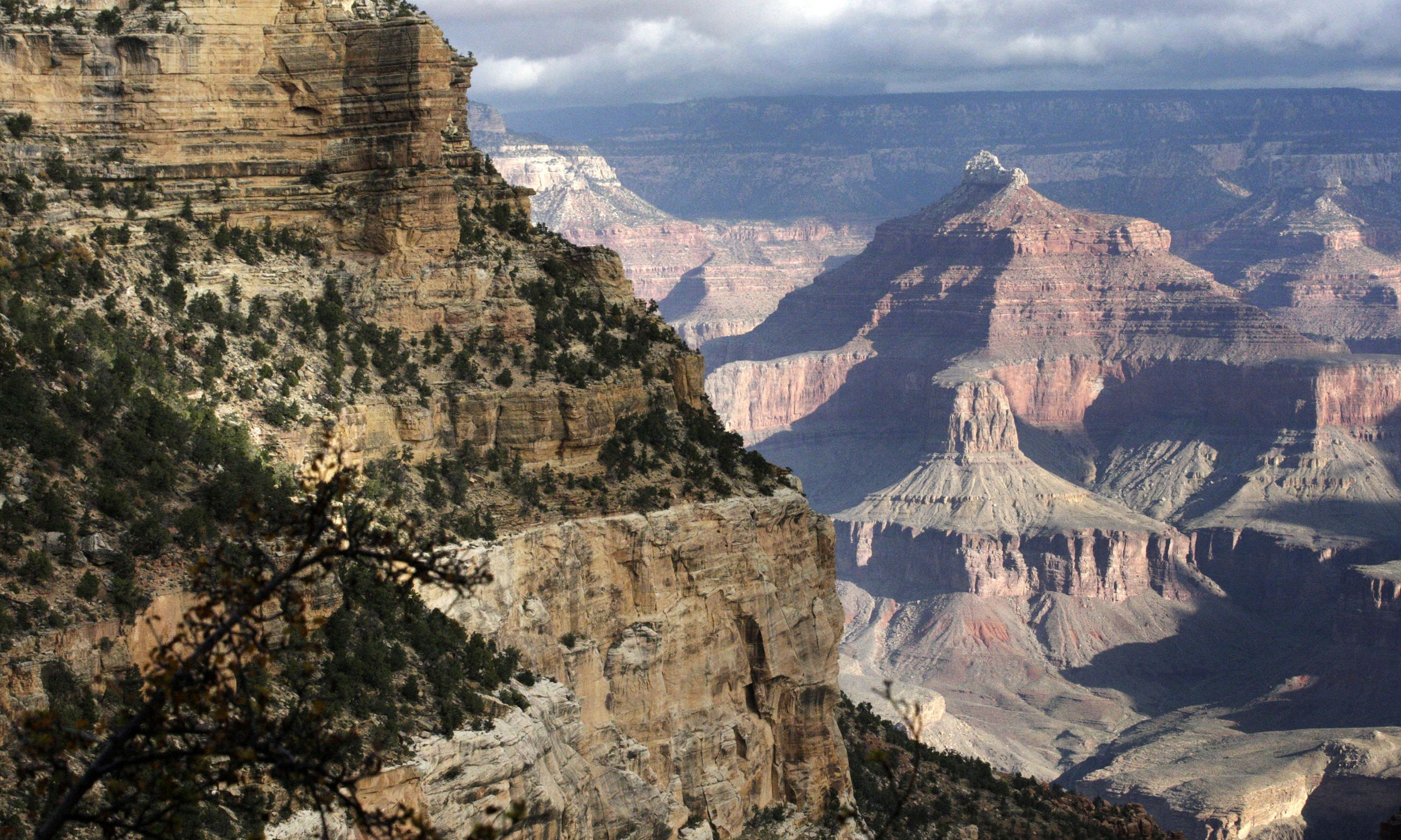 Company seeks rights to names of iconic Grand Canyon lodges
