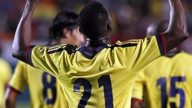 World Football - Martinez strikes twice as Colombia crush Guatemala
