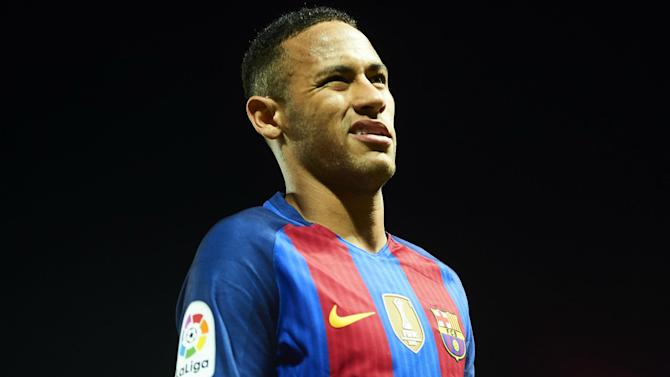 PSG not looking to take advantage of Neymar's legal troubles at Barcelona - Kluivert