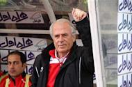 Mustafa Denizli apologises to Persepolis fans after quitting club